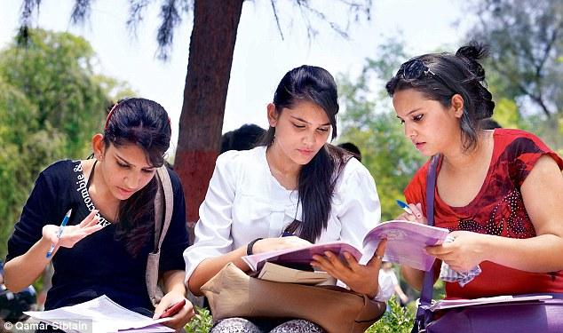 Provisions for Migration in Delhi University